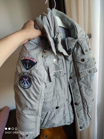 Демисезонная курточка на рост 128