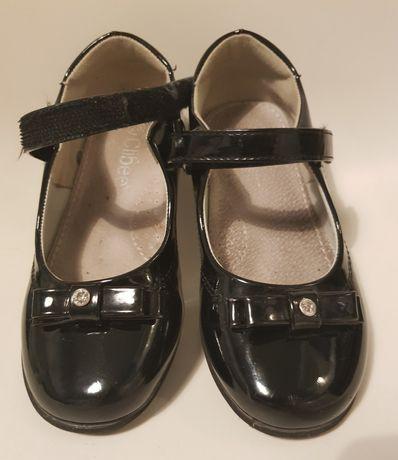 Baleriny Clibee rozm. 28, lakierki czarne, botki, półbuty 18 cm
