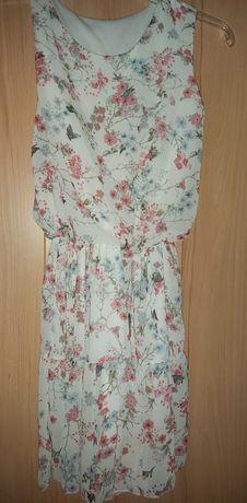 Letnia sukienka w kwiaty S