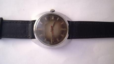 Ciekawy zegarek mechaniczny Poljot