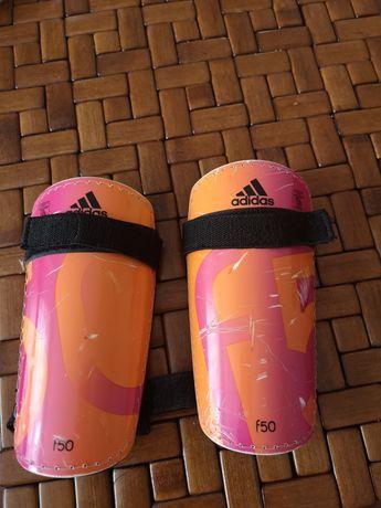 Ochraniacze piłkarskie dla chłopca lub dziewczynki adidas