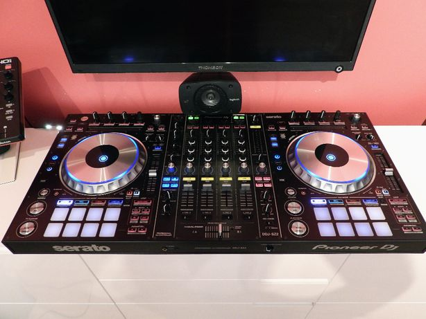 Kontroler DJ Pioneer DDJ SZ2 - idealny SERATO
