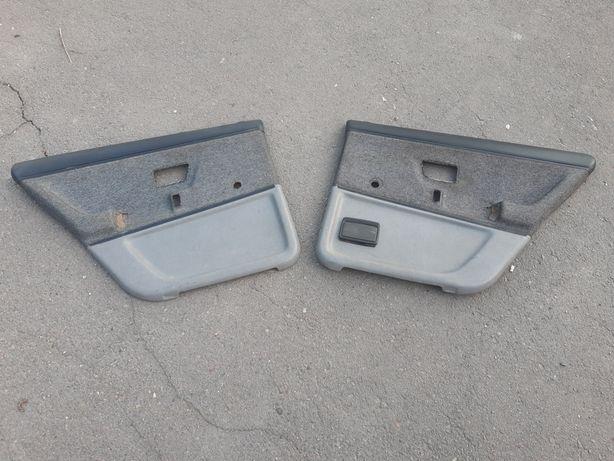 Задние карты Volkswagen passat b2 Обшивки дверей Пассат Б2