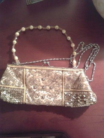 театральная сумочка расшитая биссером,камнями