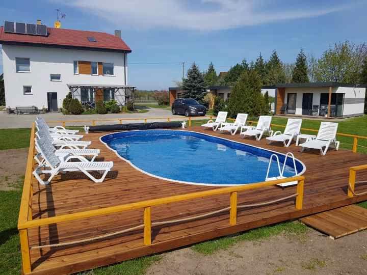 pokoje,domki,basen, nad morzem, na wsi,  bon ..Dąbki-Bobolin