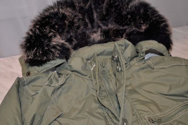 Куртка Chicco на мальчика 4-5 лет.