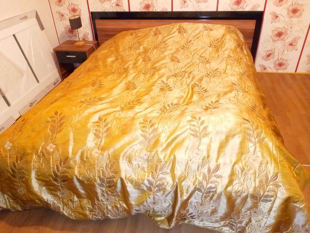 Narzuta na łóżko 244x260cm + dwie poszewki na poduszki