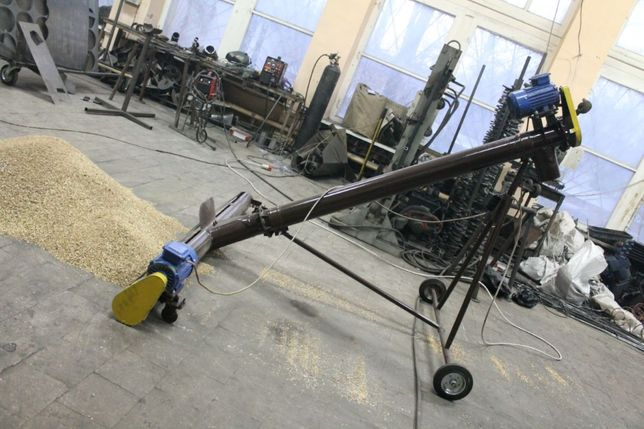 Шнековый погрузчик, винтовой конвейер, транспортер для зерна