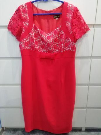 Sukienka z ozdobną koronką roz. 42