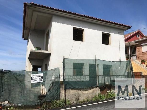 Moradia T3 - Souto, Mosteirô