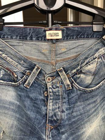 Фирменные джинсы Hilfiger 30-32 мужские на пуговицах