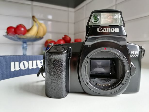 Canon eos 1000f lustrzanka analog nowiutki ideał