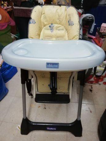 Cadeira de refeição / brincadeira para bebé. CHICCO. SEM CINTOS