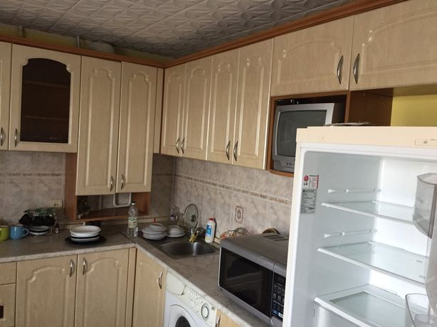 Продам 3-к квартиру в смт Ярмолинці
