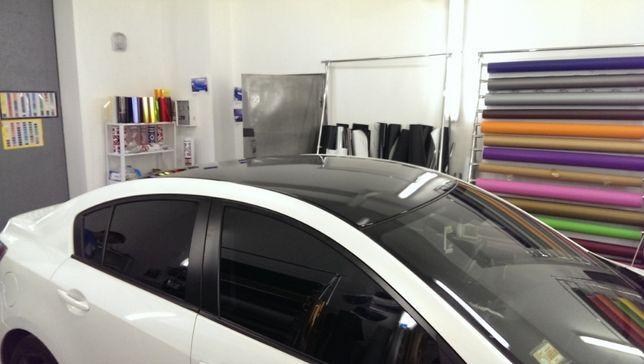 Оклейка крыши капота авто пленкой,винилом в черный глянец под панораму