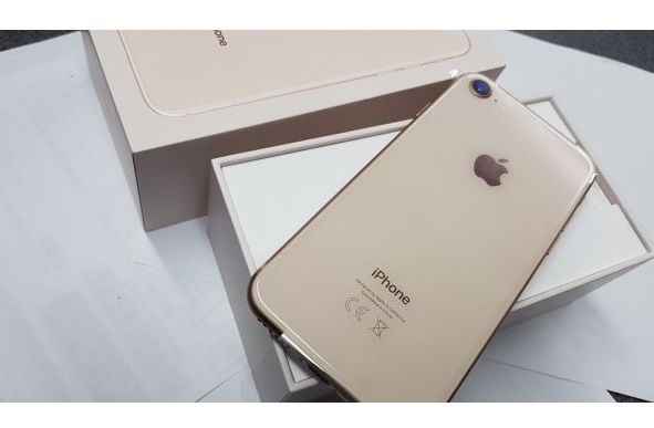 IPhone 8/64Gb  Гарантия 21 дней