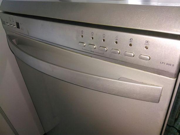 Máquina de lavar louça Teka