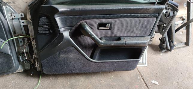 Boczki ostatni lift audi 80 B4 sedan avant wysokie parapety