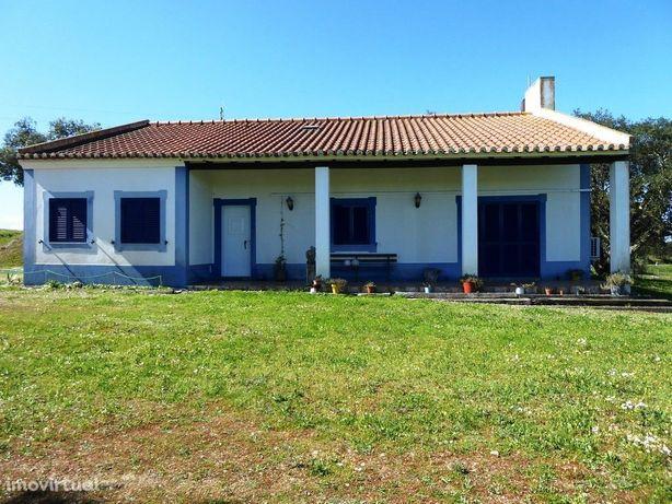 Moradia de Campo, 3 quartos. Portugal, Arraiolos, Vimieiro.