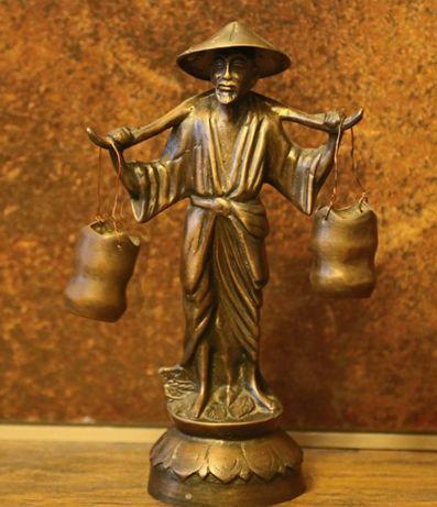 Бронзовая статуэтка, китаец с ведрами воды