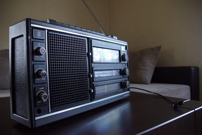 Radio Grundig SATELLIT 2100 sprawne, konserwowane i odrestaurowane.