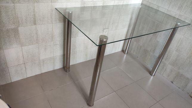 Mesa de vidro para sala ou cozinha