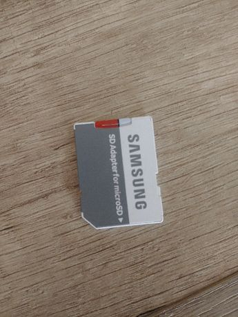 SAMSUNG EVO Plus 64GB karta microSD z adapterem