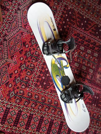 Deska Snowboard z wiązaniami
