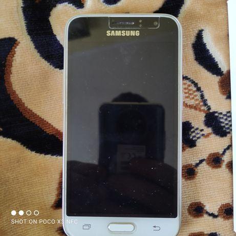 Samsung J1 Отличный