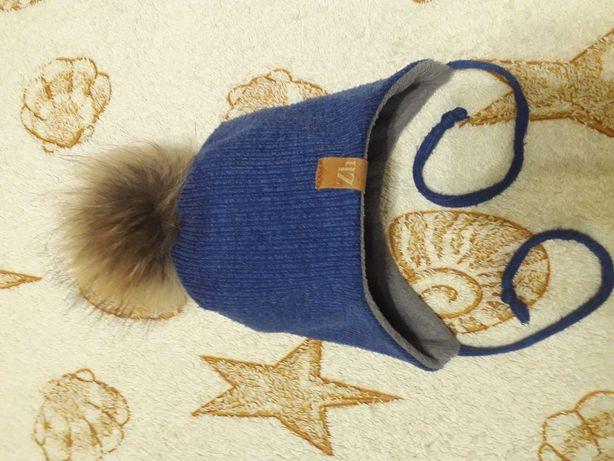 Зимняя шапка на флисе мальчику, ОГ до 52 см.
