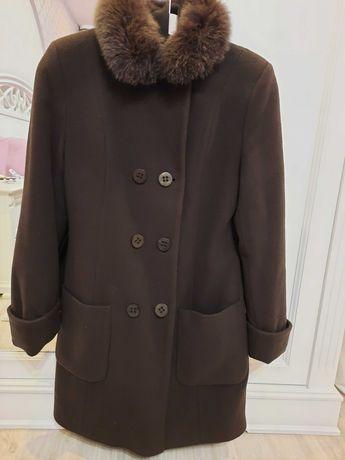 Пальто женское 46 р.