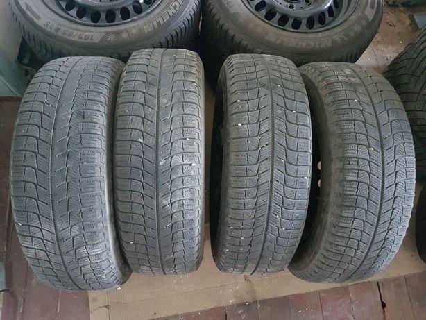 Зимние шины Michelin X-ice Xi3 195 65 R15