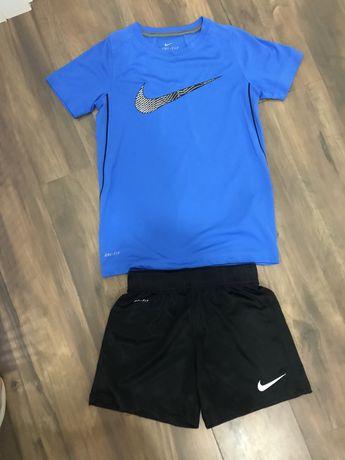 Conjunto Nike Dry-Fit 6/8A