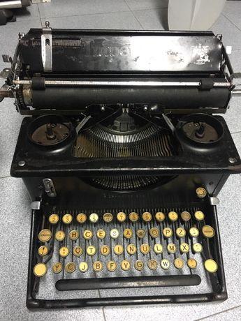 Maquina de escrever Imperial