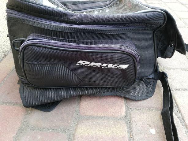Torba-plecak na zbiornik motoru z magnesem
