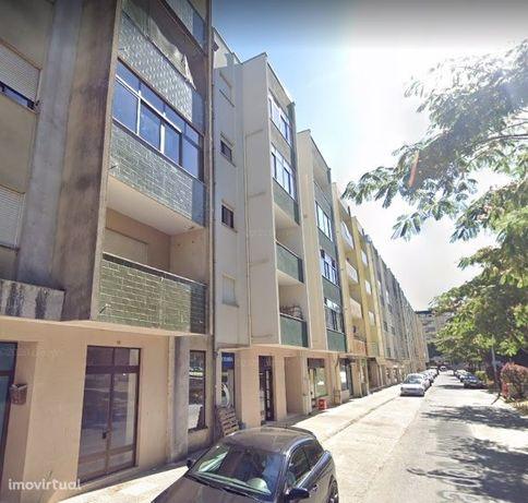 Loja  Trespasse em Braga (São José de São Lázaro e São João do Souto),