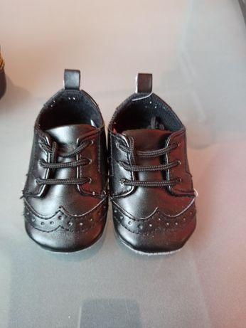 Туфли, пинетки детские