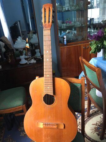 Гітара шестиструнна б/у