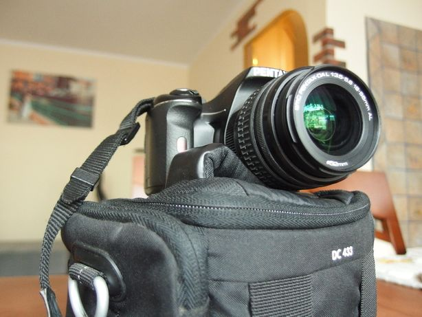 Aparat Lustrzanka Pentax K-X + obiektyw 18-55 + Torba + Karta SD 4GB