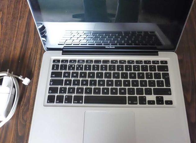 Apple Macbook 5.1 2009, completo, pouco uso