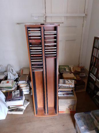 Móvel de CDs de excelente qualidade em muito bom estado