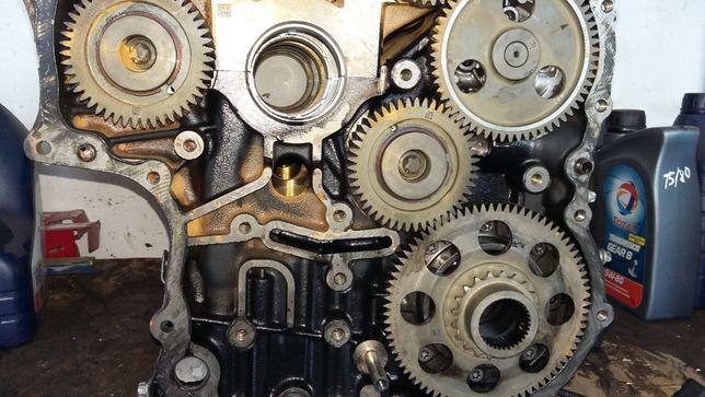 Мотор двигатель двигун спринтер 2.2CDI OM651 Sprinter 906 по запчастям