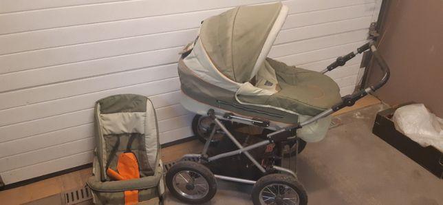 Wózek dziecięcy na kołach pompowanych