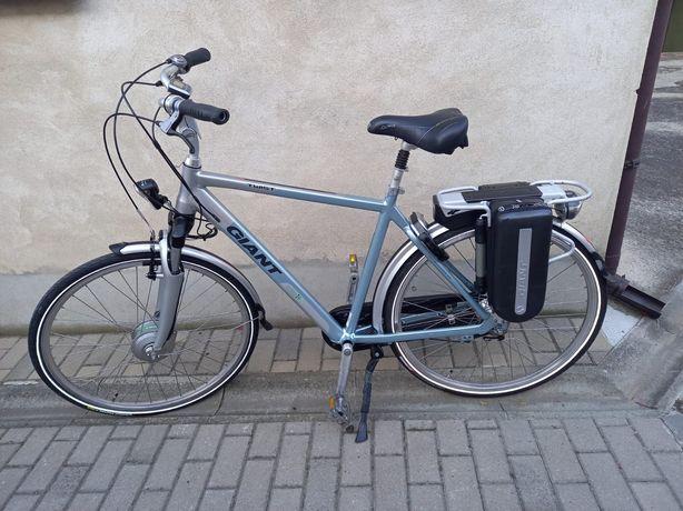 GIANT Twist Hybrid mocny rower elektryczny męski nexus holenderski dam