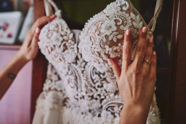 Muślinowa suknia ślubna - bardzo lekka | Tylko po ślubie i plenerze.