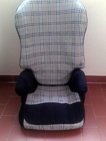 Cadeira auto 3+.
