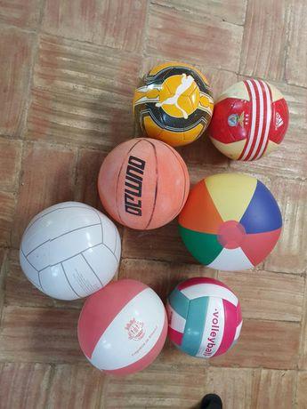 Bolas de desporto e praia