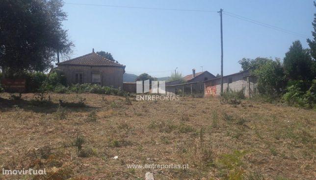 Venda de Moradia para restauro, Campos, Vila Nova de Cerveira