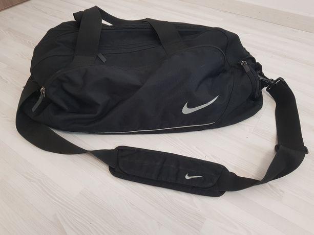 Torba Nike, bardzo pojemna, duża, czarna