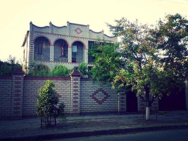 2-эт дом в центре,216 кв.м, 3,2 сотки земли,ул.Петренко(Хозяин)